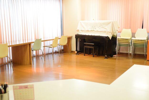 茶ちゃアップライトピアノの部屋